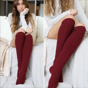 Accessories - Brand new cable knit over the kneesocks